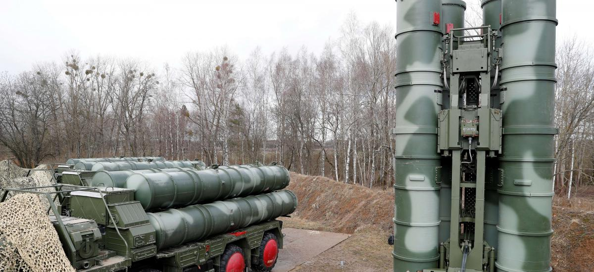 "S-400 ""Triumph"" surface-to-air missile system after its deployment at a military base outside the town of Gvardeysk near Kaliningrad, Russia March 11, 2019. Picture taken March 11, 2019. REUTERS/Vitaly Nevar"