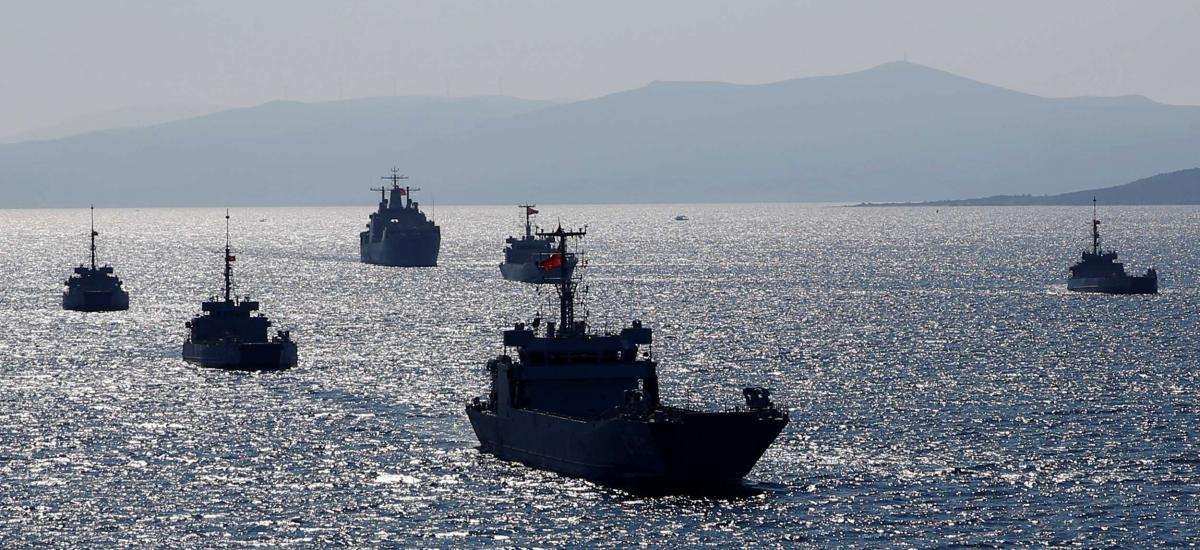 Turkish Navy ships take part in a landing drill during the Blue Homeland naval exercise off the Aegean coastal town of Foca in Izmir Bay, Turkey March 5, 2019. REUTERS/Murad Sezer
